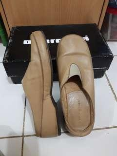 Hush Puppies Beige Shoes