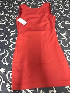🚚 Very elegant sexy( back v shape) red dress from Zara Basic