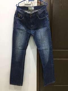 Authentic Lois Jeans