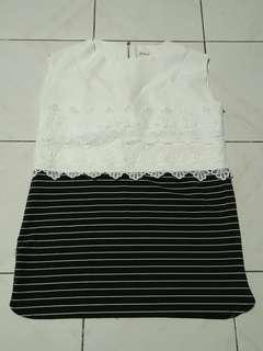 Sleeveless White and Stripes top