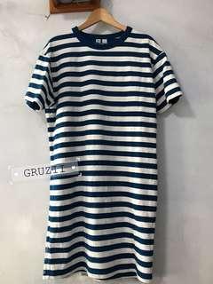 🚚 UNIQLO U系列條紋圓領短袖洋裝 連身裙