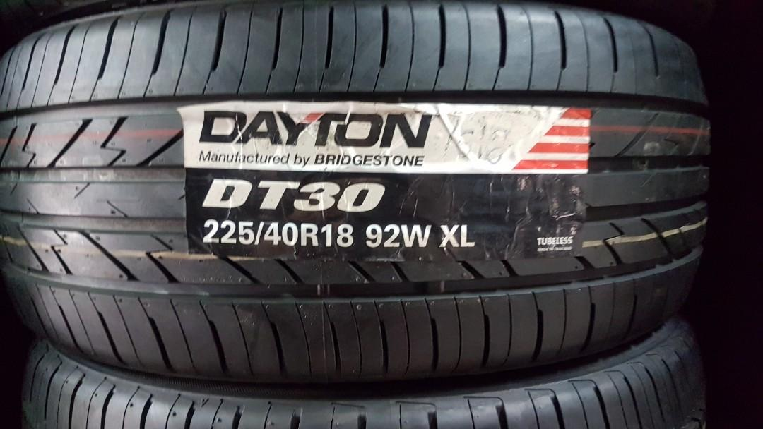 225/40/18 Bridgestone Dayton