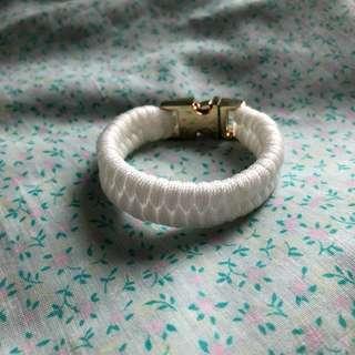 White Paracord Bracelet #OCT10