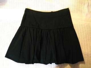 Black skater skirt Blurr