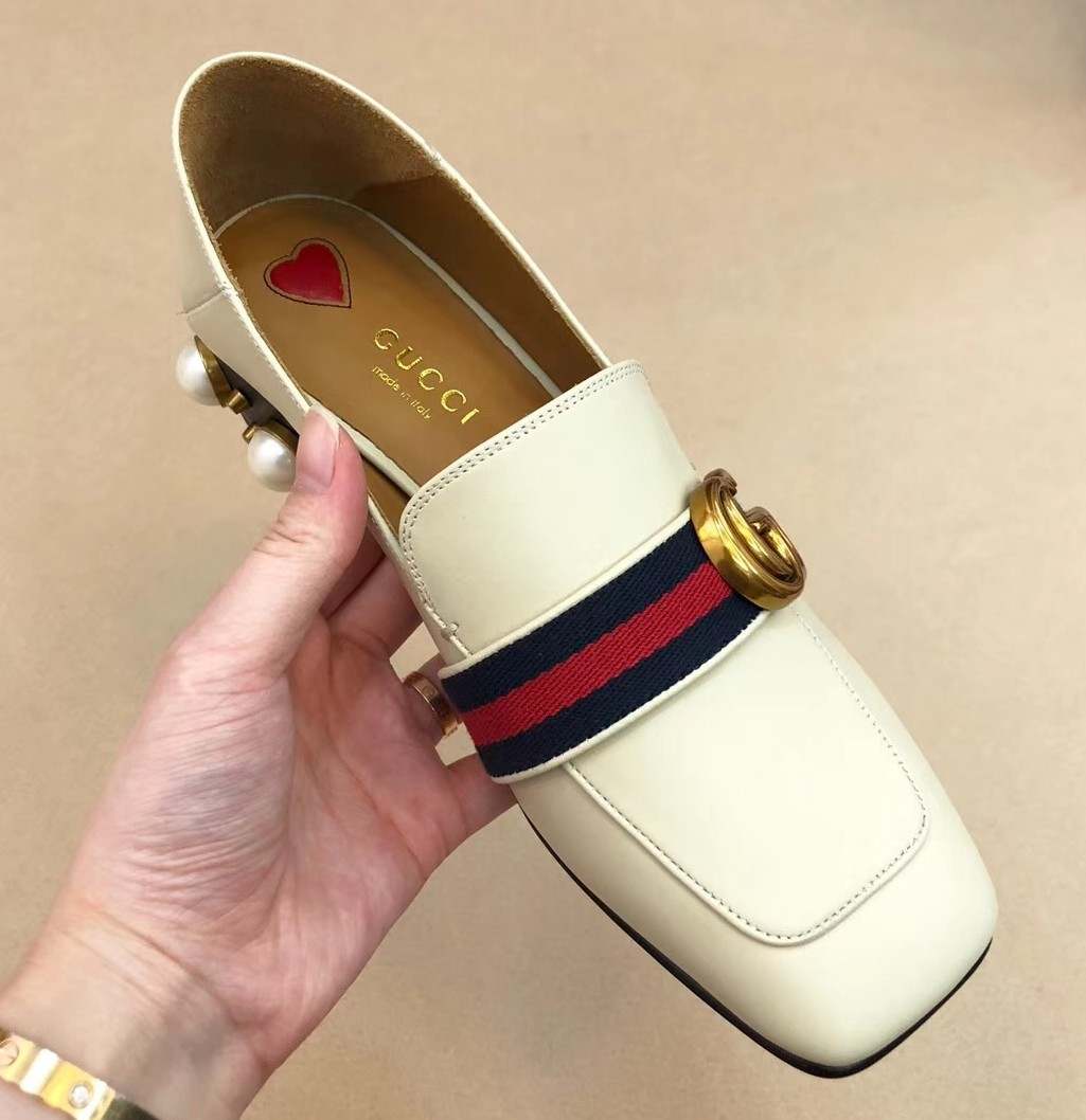 c32d68996f8 BN Gucci Women s Loafers