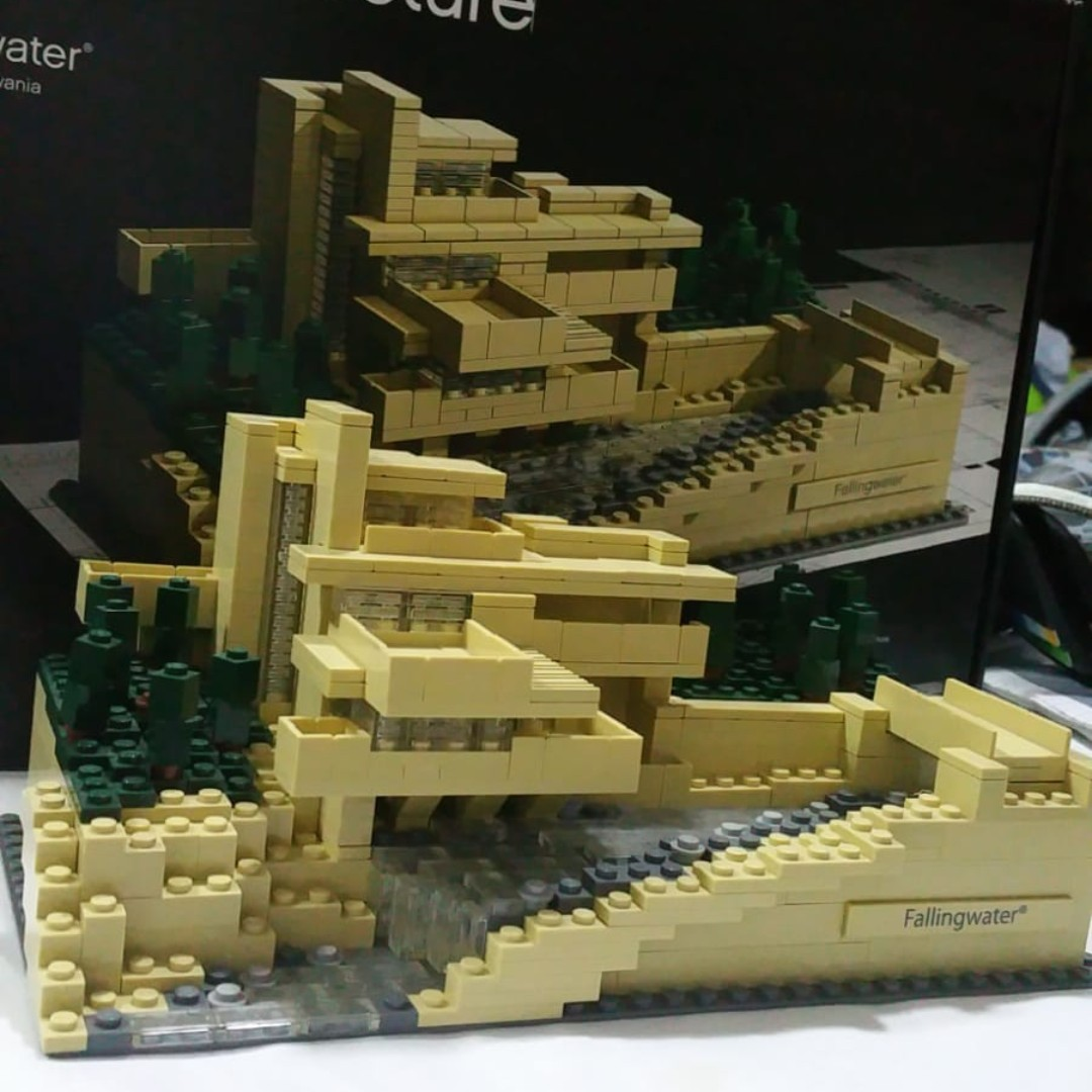 BUILT Lego Architecture 21005 Fallingwater with Box and manuals provided,  Toys & Games, Bricks & Figurines on Carousell