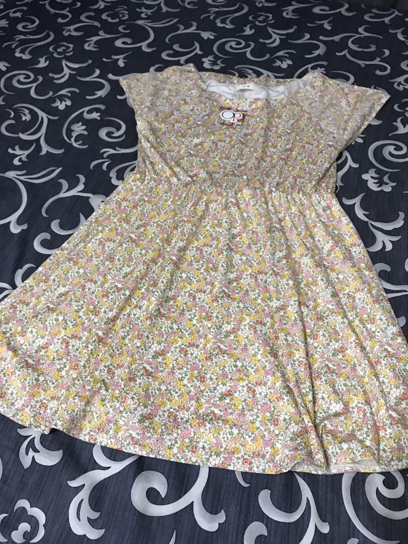 Casual flower dress