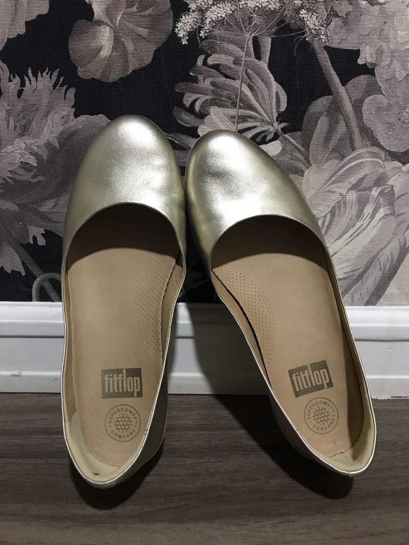 b1dadd72e872 FitFlop Women s Leather Superballerina Ballet Flat Pale Gold ...