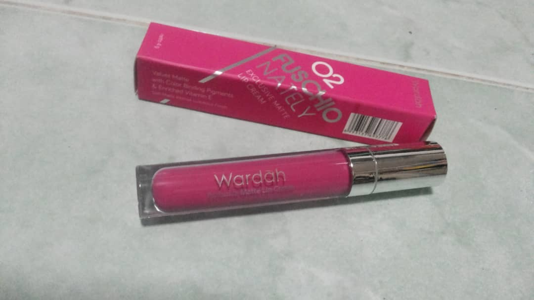 Fuschionately Exclusive Matte Lip Cream, Health & Beauty, Makeup on Carousell