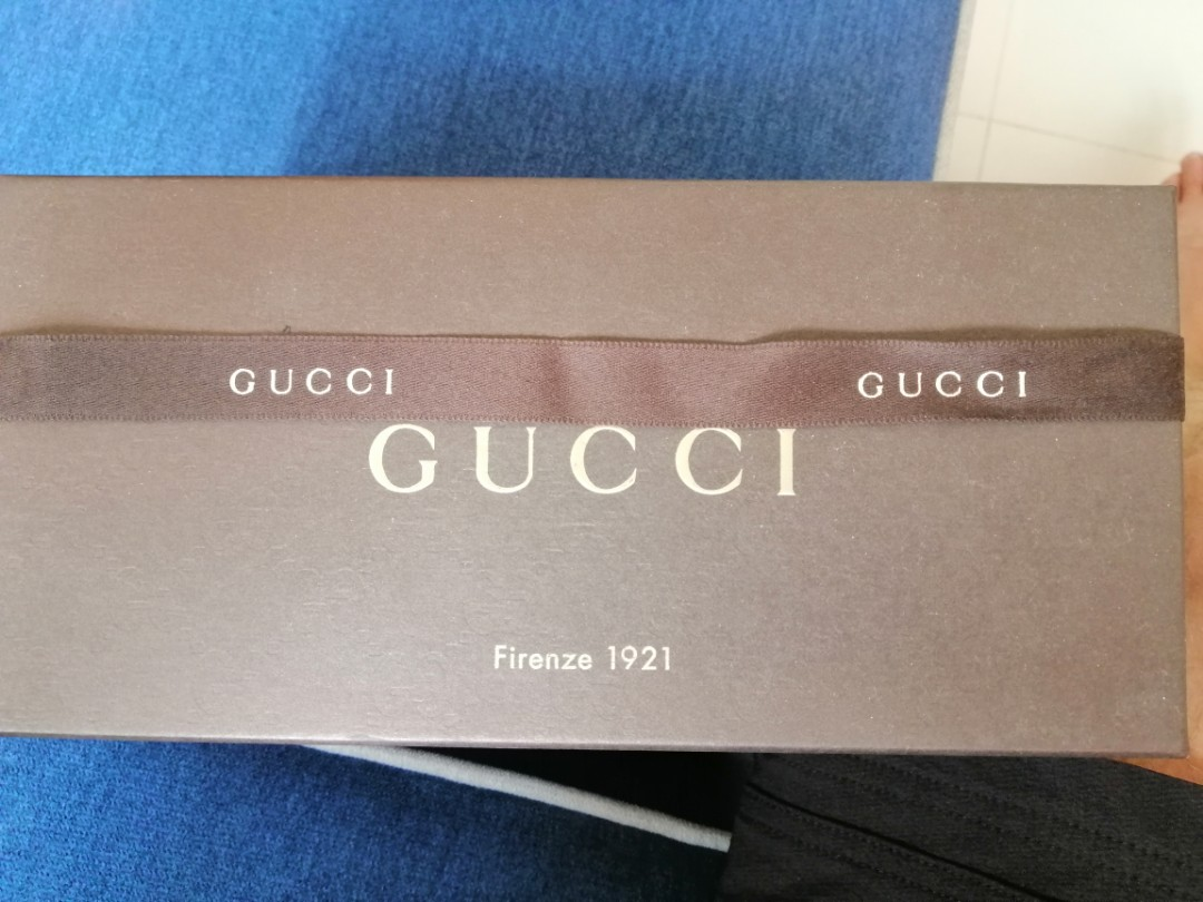 65266676951d Gucci Pouch, Women's Fashion, Bags & Wallets, Others on Carousell