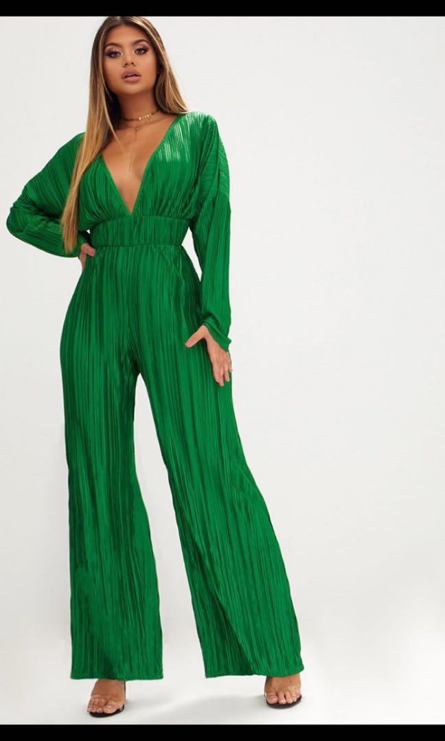 ea17521b833 PrettyLittleThing Emerald Green Long Sleeve Pleated Jumpsuit ...