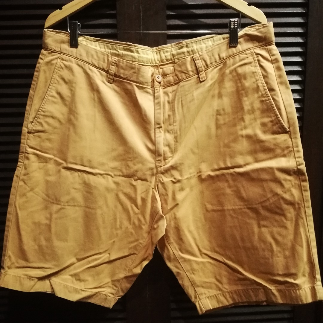 072fdc877a Uniqlo Chino Shorts Yellow Size XL, Men's Fashion, Clothes on Carousell