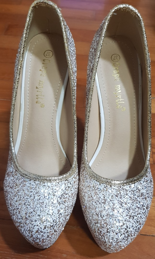 394c108530 Wedding shoes (gold glitter), Women's Fashion, Shoes, Heels on Carousell
