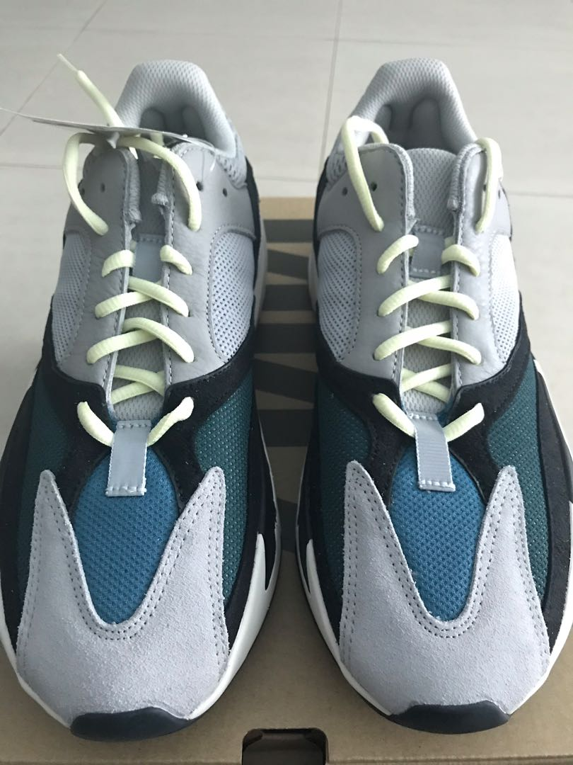5fb7aafe4 Yeezy Boost 700 Wave Runner US10 BRAND NEW