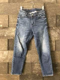 7/8 denim mid waist jeans