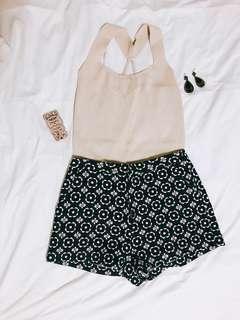 🚚 泰國買回幾何圖形短褲超美立體雕花質感滿分💯版型極挺ALine修身