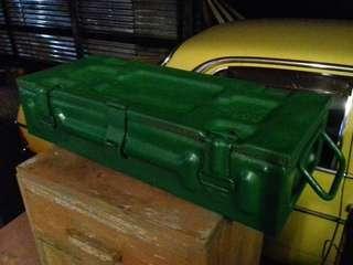 Vintage 1953,Malaya era MK3 P80 ammunition box