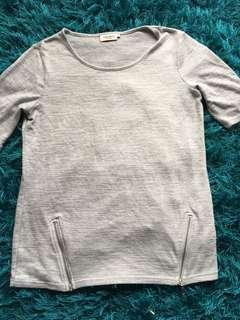 Women's size xs grey top from Jeans West