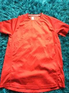Unisex workout top size small.