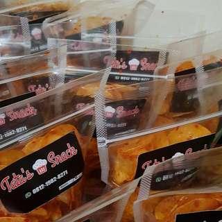 Tata's Snack - keripik singkong balado