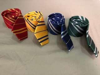 Harry Potter Hogwarts Neck Tie Set