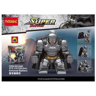 DECOOL™ 0295 BVS Armored Batman Maxifigures