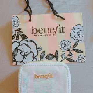 🚚 全新Benefit 貝殼珍珠光 隨身化妝包 小包 流行必備 少女海邊旅行包