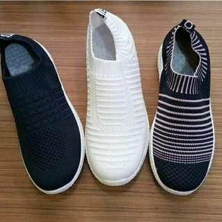 Fashion Slip On (White, Black)