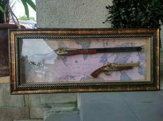 Pirate Gun & Pistol in Frame Old Map