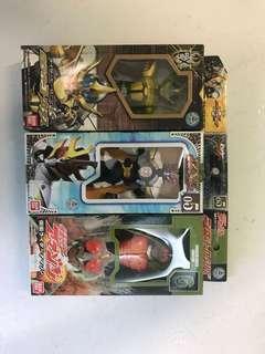 三盒殘舊有花的超人rhs