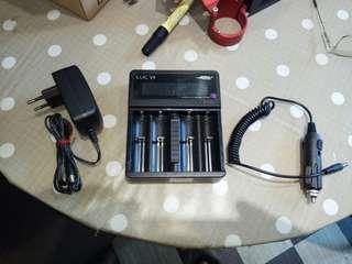 EFEST 4 BATTERY UNIVERSAL CHARGER