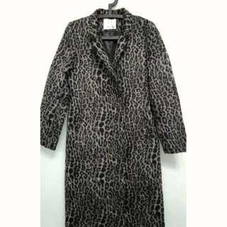 NET 時尚豹紋 修身剪裁 可翻領或小立領 毛尼大衣 絕版 全新品