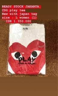 cdg play tee shirt