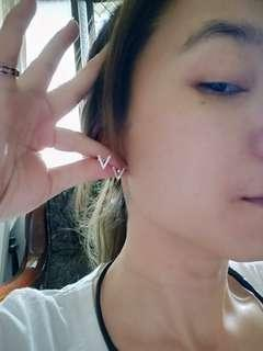 🚚 鑲鑽耳針(泰國)