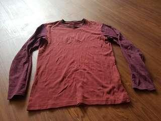 Uniqlo 2 Tone Red Long Sleeves Crew Neck (Size M)