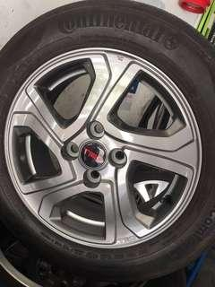Used rim Toyota TRD with tires