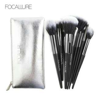 Focallure 10pcs Brush Set W/Pouch