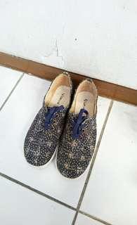 Preloved Sepatu Platform Blue