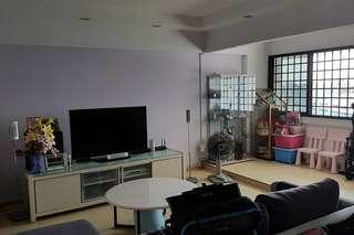 Blk 699 Hougang St 52 for sales 5I
