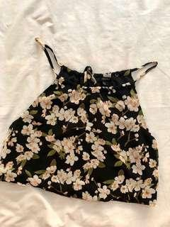 Pre-loved F21 Floral Crop Top