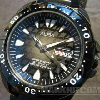 ALBA Black Manta Ray limited edition Diver's 200m watch 400 only AL4055X1 2006