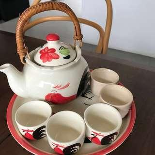 All for $5!!! Rooster Tea Set, glass Coasters & Plates
