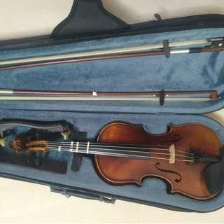 Prillante violin