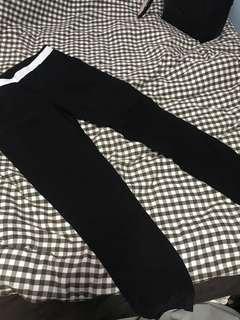 韓貨全新黑色貼身褲