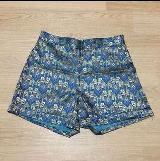 Hotpants batik