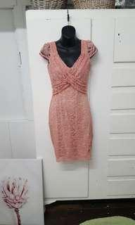 Review Ladies pink lace dress size 6 wedding bridal shower  party