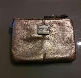 Kenneth Cole coins bag/keychain bag