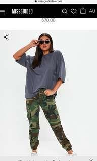 Size 10 | Camo cargo Pants