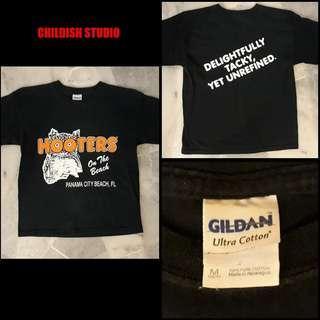 HOOTERS (Panama City Beach, Florida) T-shirt 'M' size.