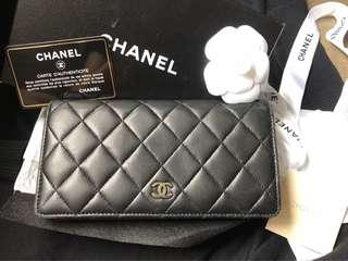 🈹️$2100,Chanel classic wallet ,Chanel 黑色長銀包